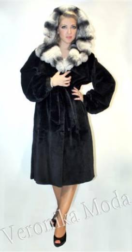 Полушубок из рэкс реббита  с капюшоном (арт. 1341)